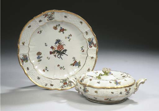 A Meissen porcelain two-handle