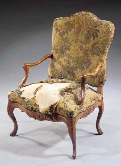 An elm fauteuil