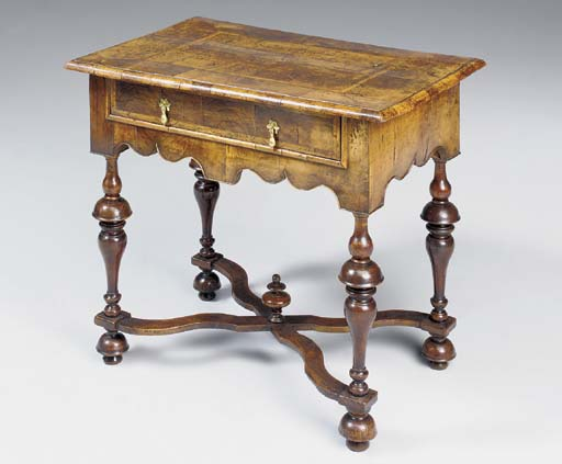 A WILLIAM AND MARY WALNUT SIDE TABLE