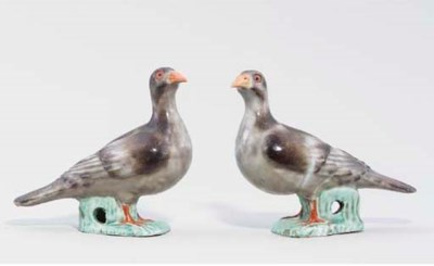 A PAIR OF ENAMELLED DOVES