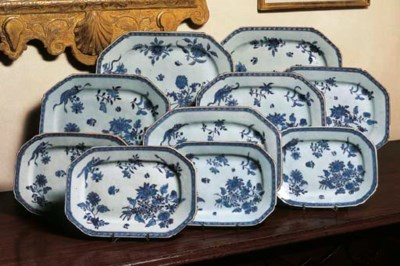 A SET OF TEN BLUE AND WHITE GR