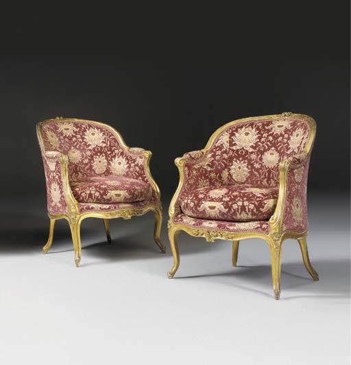 A PAIR OF LOUIS XV GILTWOOD BE