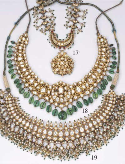 AN INDIAN DIAMOND AND PEARL NE