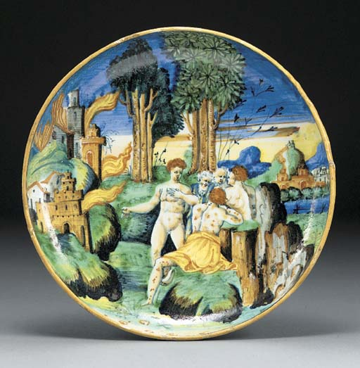 An Urbino footed dish