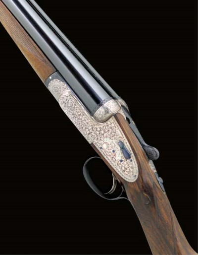 A FINE LIGHTWEIGHT 12-BORE SIN