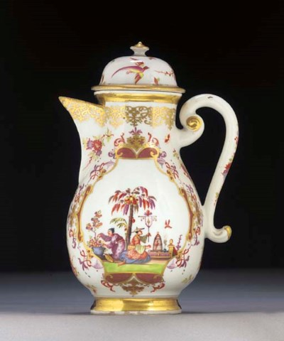 A Meissen Chinoiserie baluster