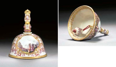A Meissen table-bell