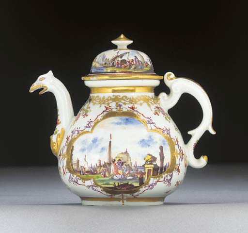 A Meissen baluster teapot and