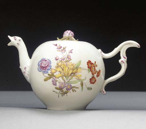 A Zürich globular teapot and c