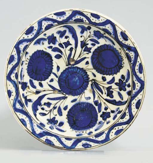 A DAMASCUS POTTERY BLUE AND WH