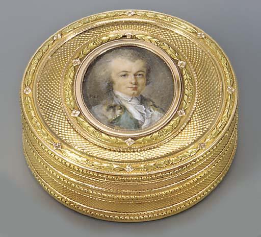 A LOUIS XVI THREE-COLOUR GOLD