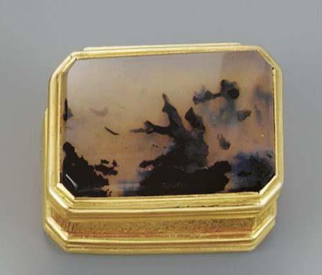 A moss agate and gold vinaigre