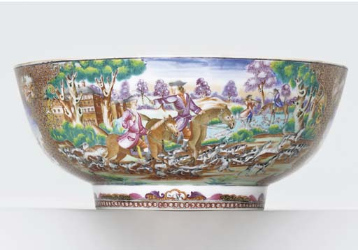 A FAMILLE ROSE 'HUNTING' PUNCH