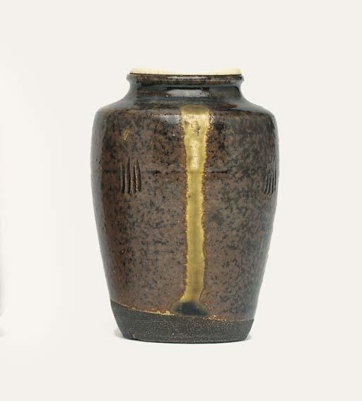 A Tanba Chaire [Tea-Caddy]