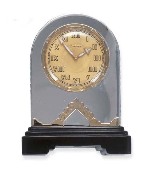 AN ART DECO DESK CLOCK, BY CAR