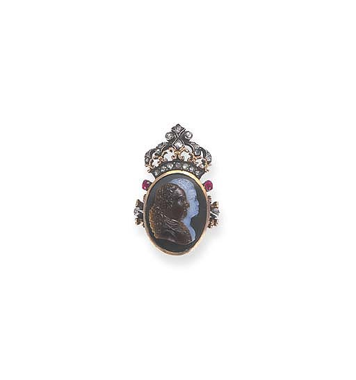 A LATE 18TH CENTURY CAMEO AND