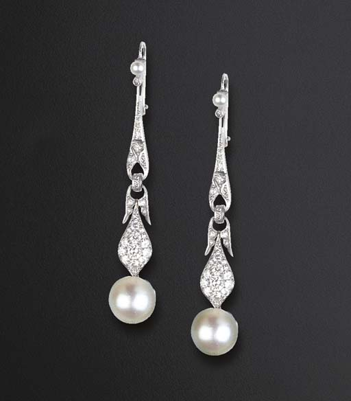 A PAIR OF DIAMOND AND PEARL PE
