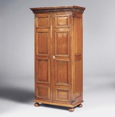 A WILLIAM AND MARY CEDAR CUPBO