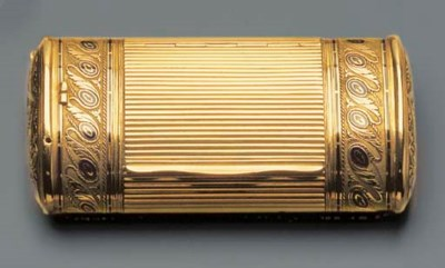 A SWISS ENAMELLED GOLD SNUFF-B