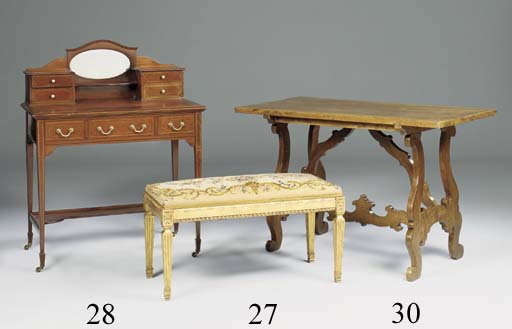 A GILTWOOD AND NEEDLEWORK UPHOLSTERED STOOL, LATE 19TH/EARLY 20TH CENTURY