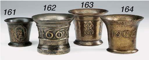 A Charles II leaded bronze mor