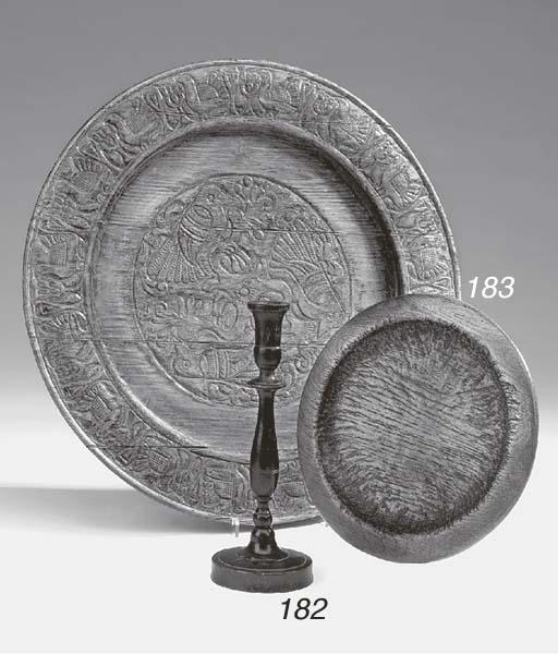 An oak plate