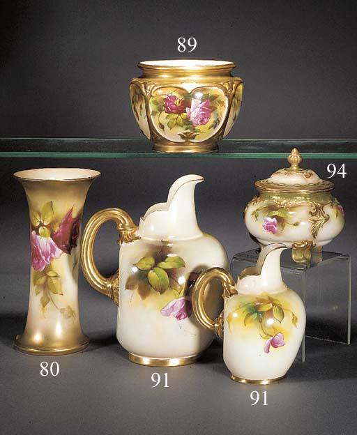 A Royal Worcester oviform bowl