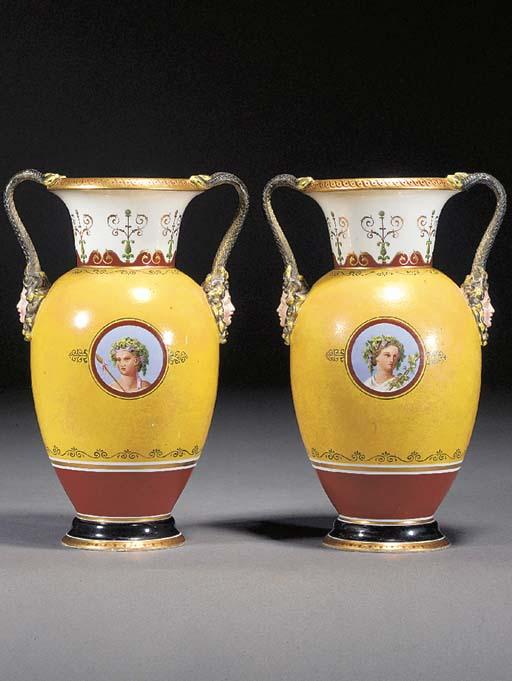 A pair of Bing and Gröndahl ye