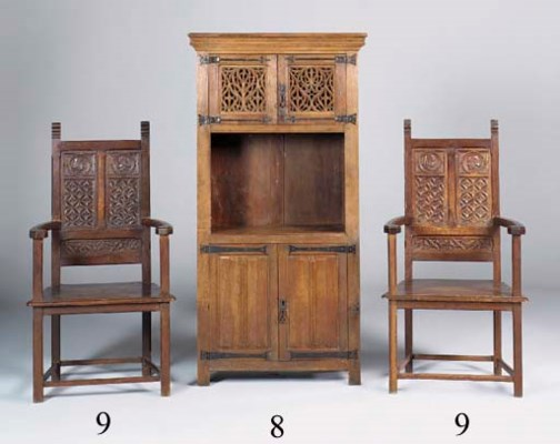 A PAIR OF FRENCH OAK THRONE CH