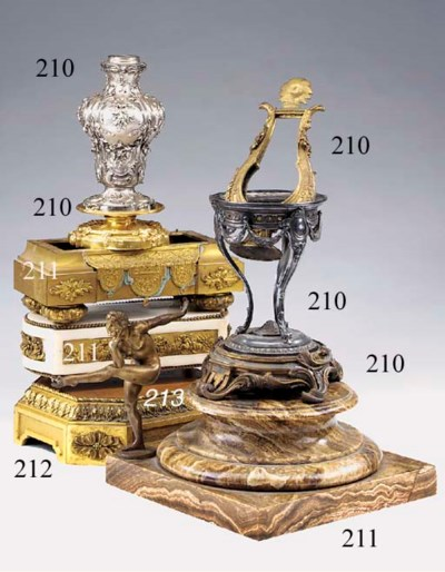 A French gilt bronze stand, se