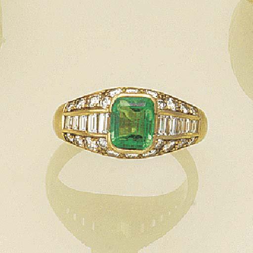 An emerald single stone ring,