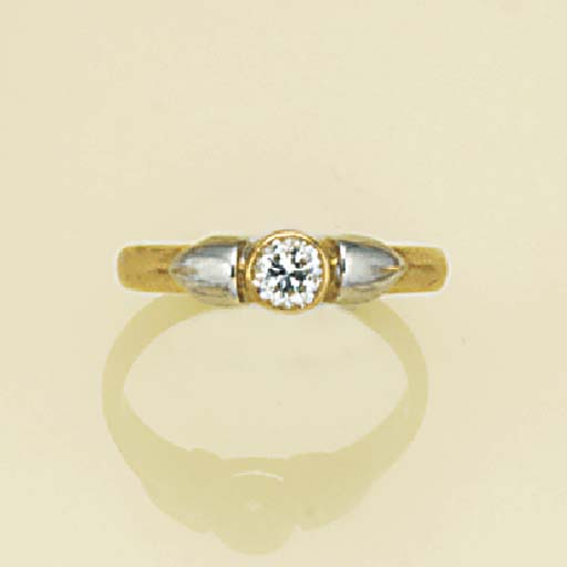Four diamond solitaire rings,