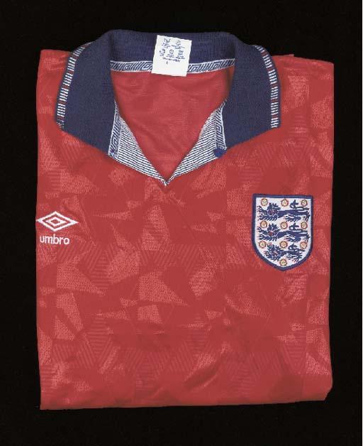 A red England International sh