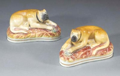 A pair of models of mastiffs
