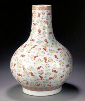 A famille rose bottle vase  Guangxu