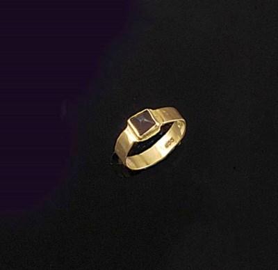 A Breon O'Casey ring