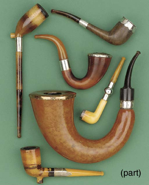 Ten assorted tobacco pipes, la