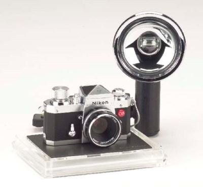 Nikon F miniature no. B03581