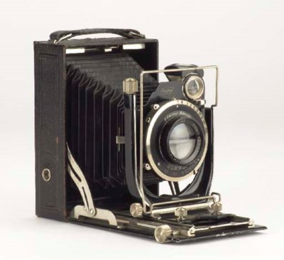 Recomar 33 camera