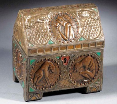 A PEWTER MOUNTED WOODEN CASKET