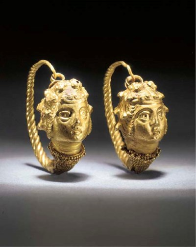 A PAIR OF LARGE GREEK GOLD EAR
