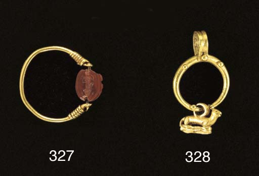 A HELLENISTIC GOLD AND CORNELI
