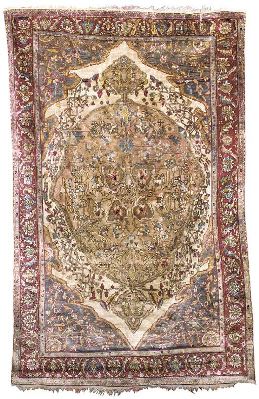 A fine antique silk Feraghan r
