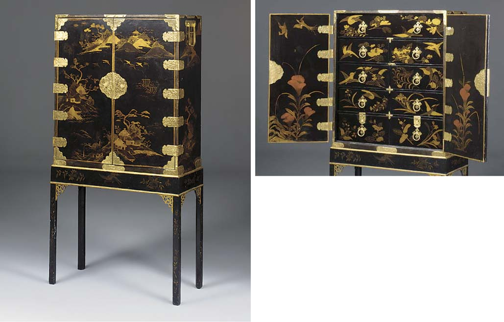 A CHINESE EXPORT LACQUER CABIN