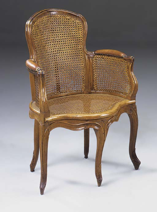A LOUIS XV CARVED BEECHWOOD FA