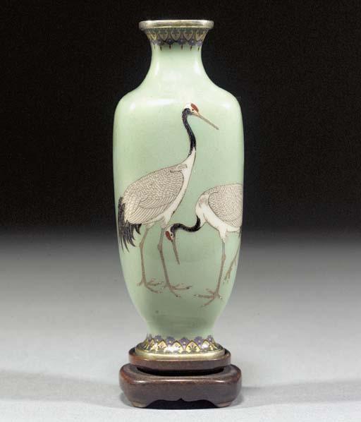 A small cloisonne vase Meiji P