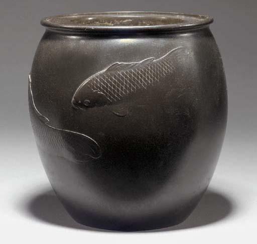 A bronze globular vase Meiji P