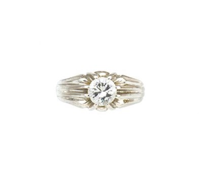 A gentleman's diamond single s