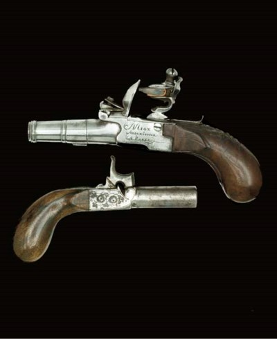 A PAIR OF 80-BORE FRENCH FLINT