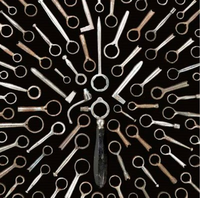 A LARGE NUMBER OF BARREL WRENC